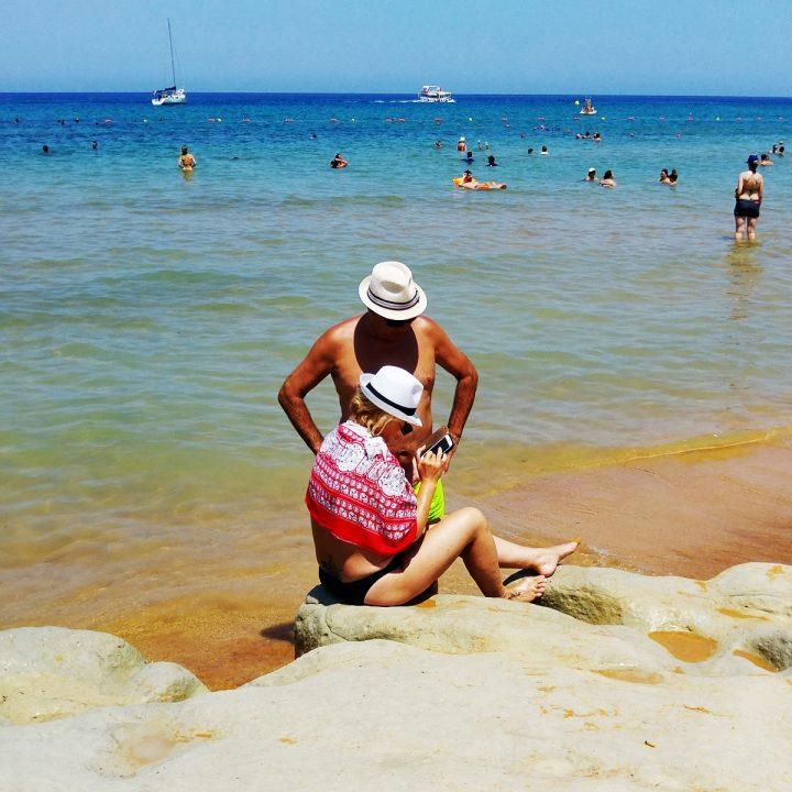 Ramla Bay – plaża z czerwonym piaskiem na Gozo
