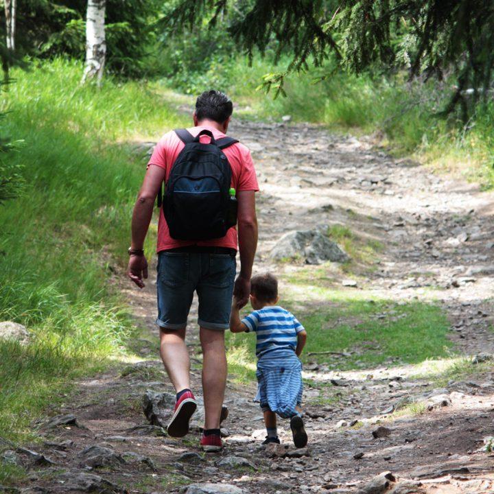 Góry Izerskie z dzieckiem – wycieczka na Wysoki Kamień